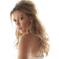 Wedding Day Hair Style- Plus, just love Hilary Duff