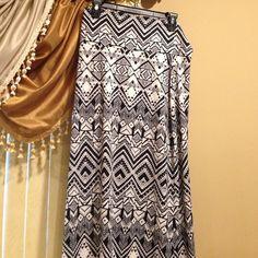 Arizona black white maxi skirt Waist folds. Flowy maxi skirt. Brand new without tags. Arizona Jean Company Skirts Maxi