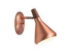Une applique design en cuivre