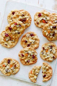 Breakfast Cookies from www.whatsgabycooking.com - just imagine if every day could start with cookies!! I'd be so happy! these are filled with dried fruits, Muesli and some chocolate chips! (@whatsgabycookin)