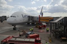 "Lufthansa's latest A380, ""Hamburg"""