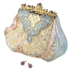 rococo inspired little bag                                                                                                                                                                                 Más