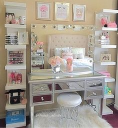 WEBSTA @ impressionsvanity - Hello beautiful!  Can we talk about how gorgeous this vanity setup is?! #flawless ✨ @miss_aliicee's vanity station features our #ImpressionsVanityGlowPro