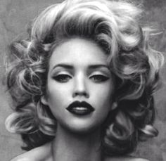 Flirty Voluminous Curls.Would love to have hair like this for a day.