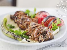 Turkish Recipes, Italian Recipes, Turkish Kebab, Fish And Meat, Fresh Fruits And Vegetables, Kebabs, Seafood Dishes, Meat Recipes, Breakfast Recipes
