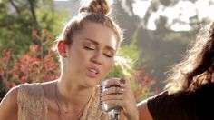 """Miley Cyrus - The Backyard Sessions - """"Look What They've Done To My Song"""""""