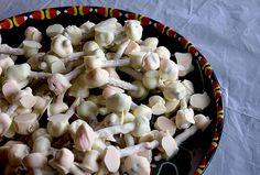 "Pretzel & Marshmallow ""Bones"", an easy Halloween treat that the..."