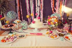 wedding desert table | ... desert landscape. Slate walls and muted gardens served as a blank