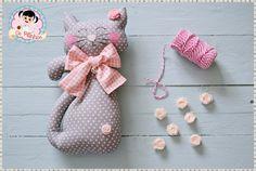 Grey cat #cat #fabric http://pitinhosdamarta.blogspot.pt/