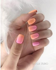 Are you looking for summer nails colors designs that are excellent for this summer? See our collection full of cute summer nails colors ideas and get inspired! Gradient Nails, Neon Nails, My Nails, Acrylic Nails, Coffin Nails, Stiletto Nails, Nagellack Design, Glitter Manicure, Sparkle Nails