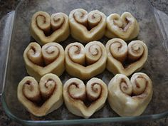 14 days of Valentine Totally Original, DIY Heart-Shaped cinnamon rolls with breakfast in bed Day 7