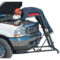 Patented, award-winning design allows safe and easy access to most trucks and 4-wheel drive vehicles.