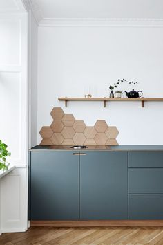 Kitchen Interior Blue Kitchen Cabinets Hexagon Backsplash in Appartment in Copenhagen Kitchen Interior, Blue Kitchens, House Design, Blue Kitchen Cabinets, Interior, Kitchen Remodel, Home Decor, House Interior, Kitchen Design
