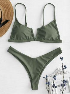 Shop trendy fashion swimwear online, you can get sexy bikinis, swimsuits & bathing suits for women on ZAFUL. Cute Swimsuits, Cute Bikinis, Women Swimsuits, Modest Swimsuits, Swimwear Fashion, Bikini Swimwear, Bikini Mayo, Bandeau Bikini, Bikini Types