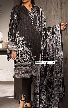 Online Indian and Pakistani dresses, Buy Pakistani shalwar kameez dresses and indian clothing. Kurta Men, Lawn Suits, Shalwar Kameez, Pakistani Dresses, Draping, Summer Wear, Indian Outfits, Kimono Top, Fashion Dresses
