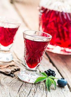 Vodka, Alcoholic Drinks, Wine, Glass, Food, Drinkware, Corning Glass, Essen, Liquor Drinks