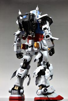 Check out the latest Gunpla Gundam News here. Gundam Toys, Gundam Art, Big Robots, Transformers Autobots, Future Soldier, Custom Gundam, Robot Design, Anime Japan, Mechanical Design