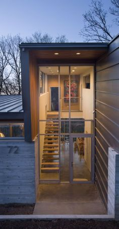 board formed 2  Jones Residence / 3GD Inc