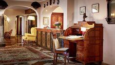 Stilvoll Urlauben im GOURMET & SPA DE CHARME HOTEL TENNERHOF *****    #leading #spa #resort #leadingsparesort #indoor #wellness #holiday #tennerhof #kitzbühel #tirol #österreich #tradition #kulinarik #golf #haubenküche #kupferstube #lifestyle #luxus  #streif #gourmet #austria #jacuzzi #outdoor #sport Spa, Wellness Hotel Tirol, Hotels, Restaurant, Jacuzzi Outdoor, Austria Travel, Golf, Home Decor, Brown
