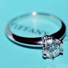 #EngagementRings #Tiffany http://www.do-tip.com/diamonds/