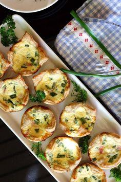 Aurajuusto-kinkku-pikkupiiraat - Suklaapossu Partys, Eggs, Breakfast, Small Cake, Finger Food Recipes, Hams, Morning Coffee, Egg, Egg As Food