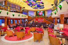 Aloha Bar hvor der ofter er live musik   mediteranian cruise
