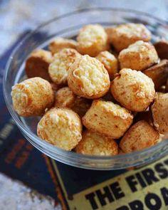 Naan, Pretzel Bites, Great Recipes, Cereal, Cookies, Breakfast, Ethnic Recipes, Food, Street