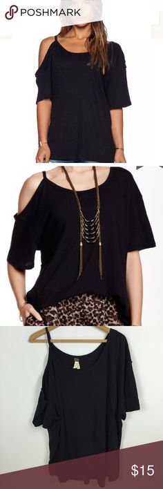 Free People We the Free After Party Tee Size large. Free People We the People unique knit top with cold shoulder on one side, short sleeve on other  Round neckline  Cut-out shoulder with raw edge trim  Hand wash cold Free People Tops Tees - Short Sleeve