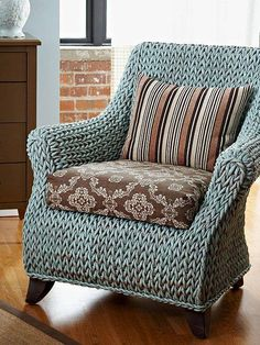 ~inspiration~  love this knit stitch for the chair