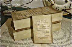 Diese süße Schachtel / Streichholzschachtel im XXL-Format / Box / Matchbox habe ich in einem schönen antiken Vintage-Stil hergestellt.