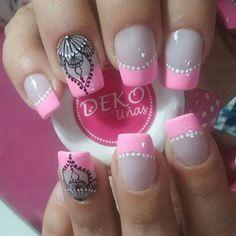 Deko Mandala. Visita nuestro spa en Medellín, centro comercial plazuelas de San Diego, local 164. Tel 2329200 Whatsapp 3014325764. Deko por Astrid. #dekouñas #dekounas #uñas #nailart #nailart #decoracionuñas #diseñouñas #decoracionuñas #spauñas  #spauñasmedellin Nail Art, Nails, Show, San Diego, Nail Designs, Work Nails, Toe Nail Art, Feet Nails, Pedicures