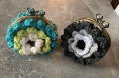 Freue mich, euch diesen Artikel aus meinem Shop bei #etsy vorzustellen: Häkelanleitung Vintage Geldbörse Flower Power mit Kuss-Verschluss, Schritt für Schritt, PDF, Blumengeldbörse, DIY, shabby, boho, einfach Kitsch, Flower Power, Coin Purse, Shabby, Wallet, Boho, Fast Crochet, Vintage Crochet, Step By Step Instructions