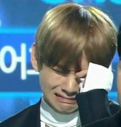 Read Orgullo from the story NamJin Chats by nattxn (ᵘʷᵘ) with reads. En un mundo paralelo: Jin: Pequeño estoy tan orgulloso de. Bts Meme Faces, Funny Faces, Namjin, Funny Crying Face, Bts Cry, Bts Face, Super Funny Memes, Bts Reactions, Kim Taehyung
