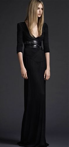 "BURBERRY PRORSUM ~~ lovely, delicate ""wrap"" effect contrast with solid, heavier belt detail @Cindy London-O'D/Love2BeadbyCindy"