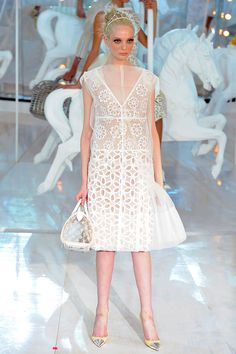 Read Hamish Bowles's review of Louis Vuitton Spring 2012 collection.