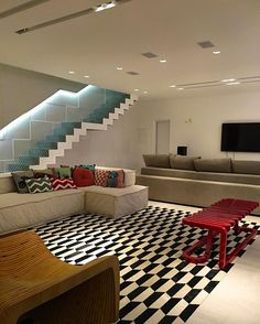 Modernidade na medida certa by @danieladantasarquiteta ❤️❤️❤️❤️❤️❤❤ ARCHITECTURE   INTERIORS   LIVINGROOM