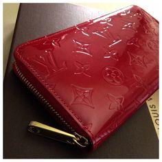 Louis Vuitton Vernis Pomme D'Amour Zippy Wallet Authentic Louis Vuitton Vernis Pomme D'Amour Zippy Wallet in Excellent Condition with Dustbag & Dustbox Louis Vuitton Bags Wallets