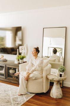 Chloe's Room & Living Room Reveal - The Chriselle Factor Living Room Trends, Living Room On A Budget, Living Room Designs, Living Room Decor, Living Spaces, Living Rooms, Decor Around Tv, Cosy Corner, Furniture Arrangement