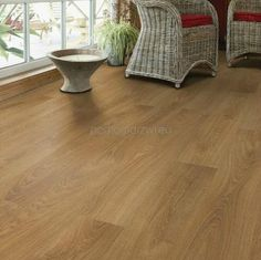 Deep Honey Sherwood Oak 8153214- AC4-8mm Panele podłogowe TARKETT- Woodstock - Sklep internetowy - Domfloor