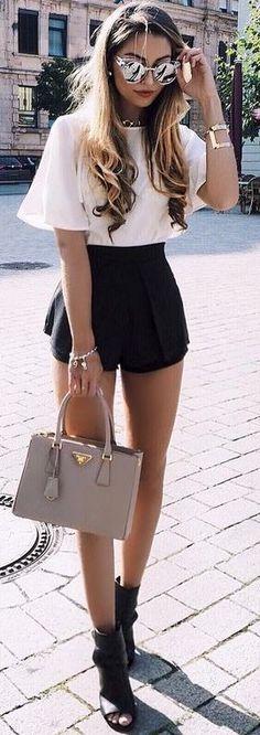 #fall #street #style | Black + White
