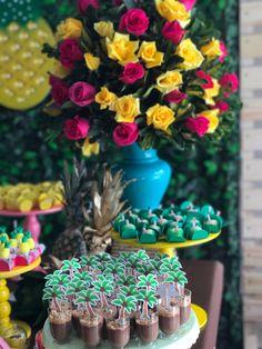 #liditropicalparty #flamingo #abacaxi #festahawaii #festatropical #festa20anos