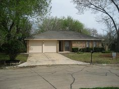 503 Brendon Park Lane Friendswood, TX 77546: Photo Great Looking 3/2 on large lot with mature trees