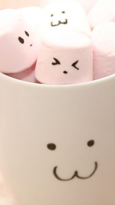 Cute Marshmallow In Cups #iPhone #5s #wallpaper