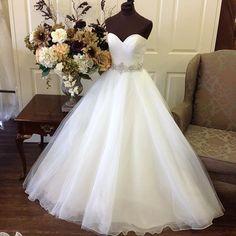 Wedding Dress,Sexy Elegant Wedding Dresses,Sweetheart Organza Princess Bridal