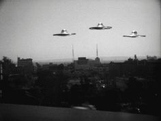 Saucers Seen Over Hollywood! - From the best 'worst film ever made', Ed Wood's, Plan 9 From Outer Space (originally titled, Grave Robbers From Outer Space), (View the full film at Timeless Classic Movies) Dr Caligari, Vincent Price, Tilda Swinton, Halloween 2018, Keanu Reeves, Paranormal, Ufo, Science Fiction, Classic Sci Fi Movies