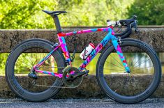 Nice concept Bicycle Paint Job, Bicycle Painting, Specialized Road Bikes, Bike Kit, Push Bikes, Commuter Bike, Bicycle Maintenance, Bike Frame, Bike Design