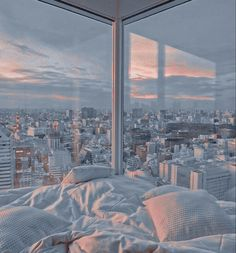 Baby Blue Aesthetic, Light Blue Aesthetic, Aesthetic Rooms, City Aesthetic, Travel Aesthetic, Aesthetic Clothes, New York Life, Nyc Life, Aesthetic Backgrounds