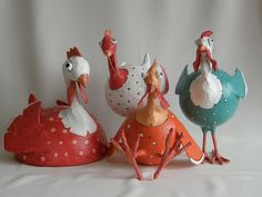 Heidi Cox: papier mache (These are just the coolest hens!)
