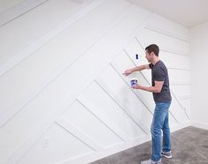 How to Create a Modern Board and Batten Accent Wall DIY - Accent Wall Feature Wall Bedroom, Accent Wall Bedroom, Feature Walls, Accent Walls, Dining Room Feature Wall, Master Bedroom, Installing Wainscoting, Diy Wand, Wall Molding