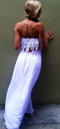Pretty Laced Maxi
